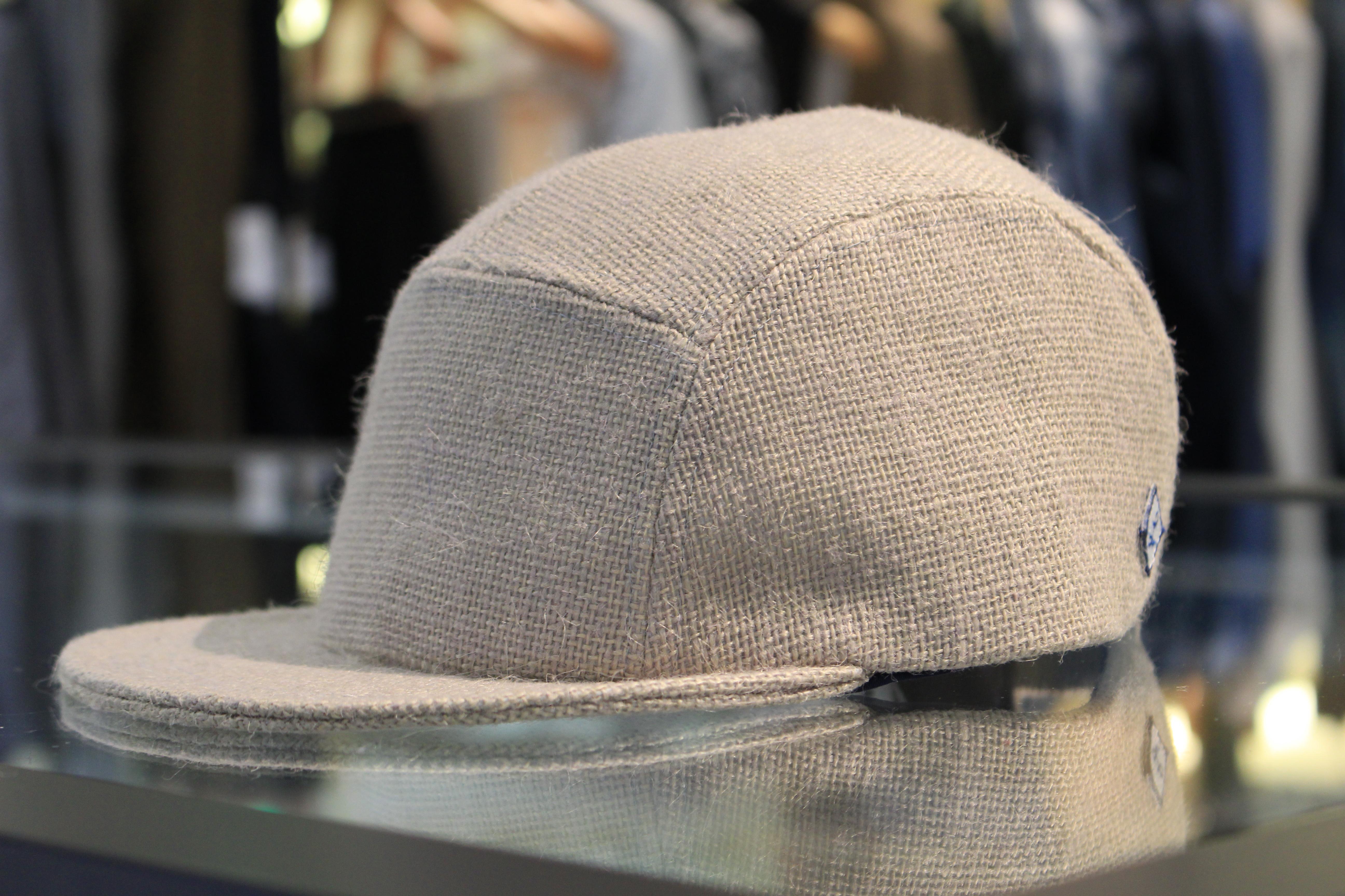 ドレッシーなCAP!!<BR>Larose(ラロース) 5panel CAP・SIDE ZIP CAP