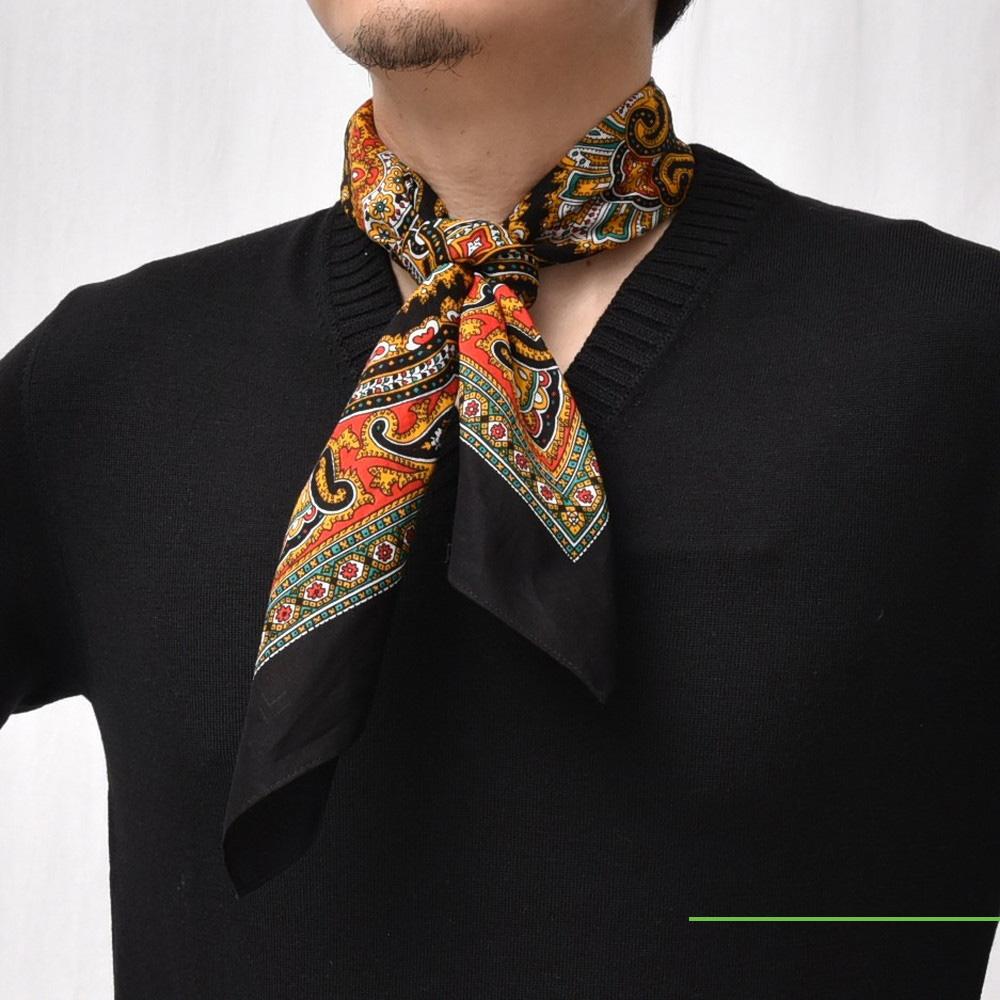 スイスから来たオールドルーキー!<BR>GLARNER TUECHILI(グラルナーチューヒリ)スカーフ3型