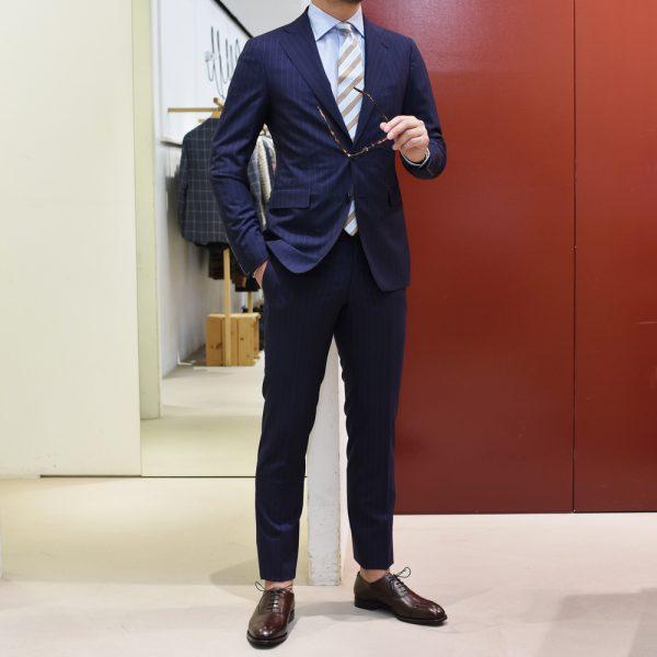 ズバリ!艶スーツ、増やしました。②<BR>TAGLIATORE(タリアトーレ) スーツ3型