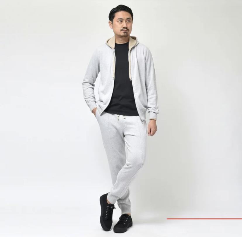 『guji luxe (グジ  リュクス)』<br> FEDELI(フェデーリ) カシミアフーディー・カシミアパンツ