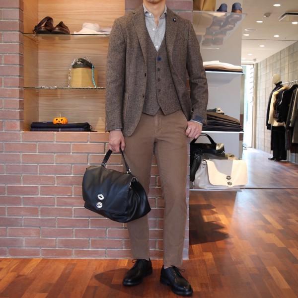 漂う紳士の香り!!<br>LARDINI(ラルディーニ)ジャケット・ジレ1型<br>チェスターコート新色追加