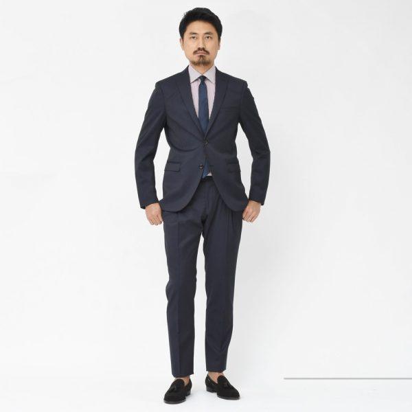 芸術的なスマートスーツ!<BR>TONELLO(トネッロ)スーツ2型